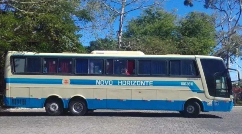 Guanambi: passageiros se recusaram embarcar em ônibus precário