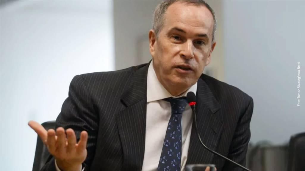 Greve dos Petroleiros: importação é plano de contingência da ANP