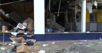 Agência bancária é explodida no bairro de Porto Seco Pirajá, em Salvador